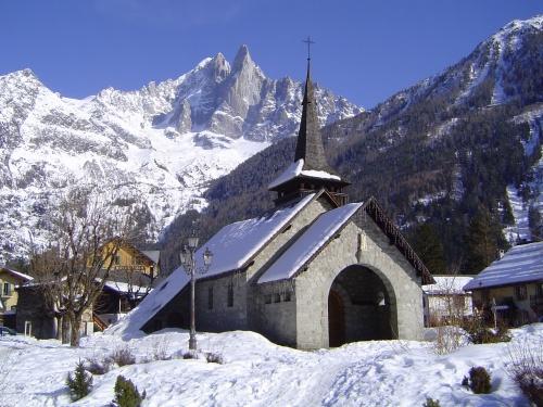 Les_Praz_de_Chamonix_(l'église)
